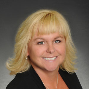 Maureen Auer, Buyer's Agent, Keller Williams Big Bear Village